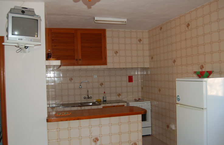 APARTMENTS MITOR